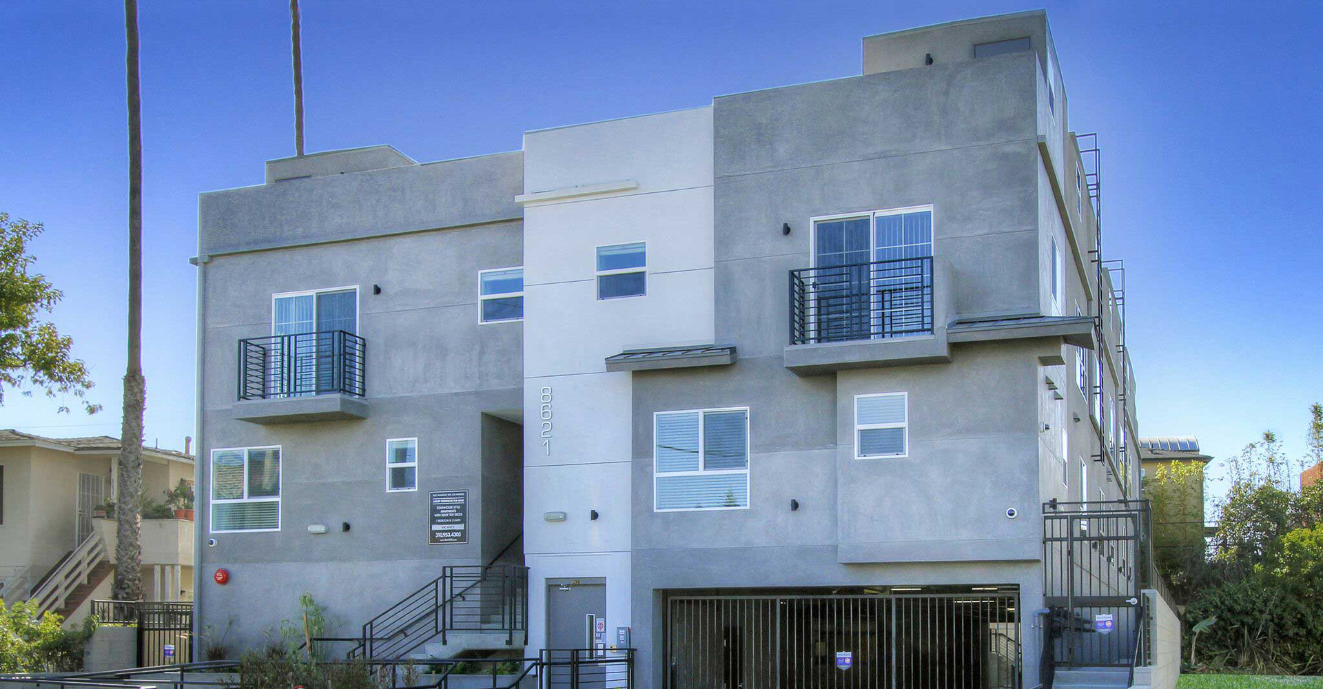 Pet friendly townhome for rent in Hollywood and Koreatown