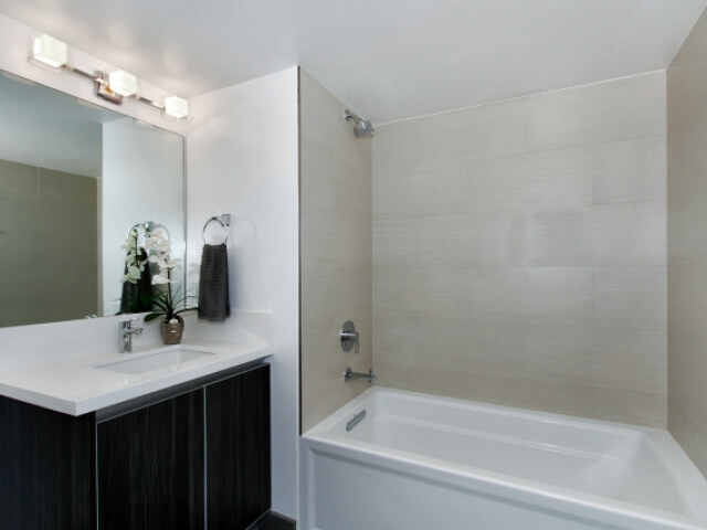 8621-Ramsgate-Ave-11-small